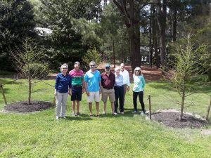 Photo of Town Mayor, Joni Reich and residents that helped plant the tree for Arbor Day